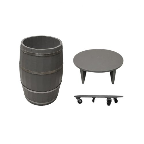 Wooden barrels and wooden buckets