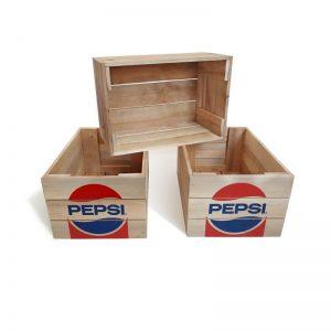 Apdrukātas koka kastes