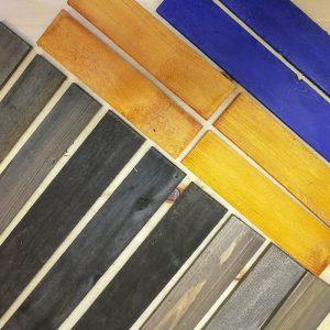 Koka dēļu un finiera krāsošana