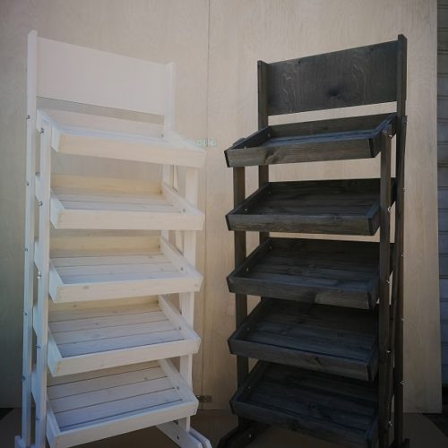 Modulares Display mit 5 Holzkisten