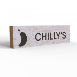 Holzschilder mit Logo