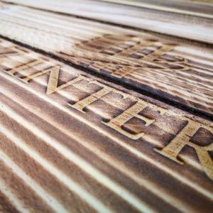 Holzkisten in geräucherter Optik