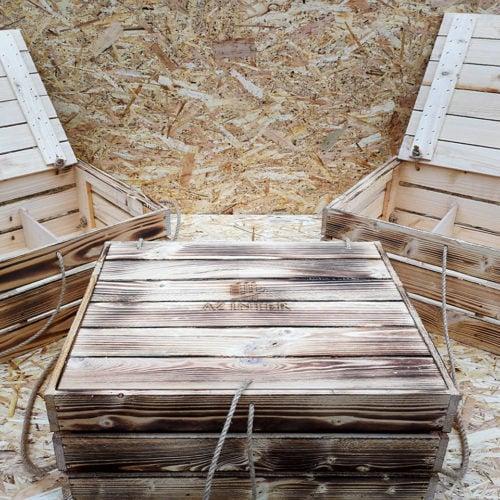 Apdedzinātas koka kastes
