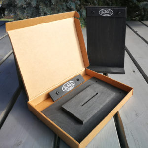 Foldable wooden info holders